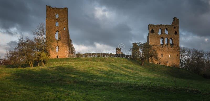 Shérif Hutton Castle - ruine anglaise de château image stock
