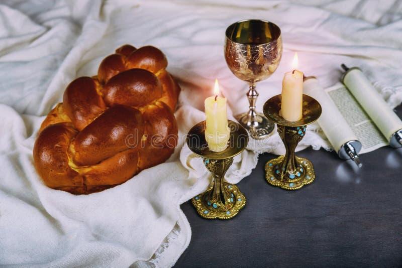 Shabbat Shalom - rituale ebreo tradizionale di sabato fotografia stock libera da diritti