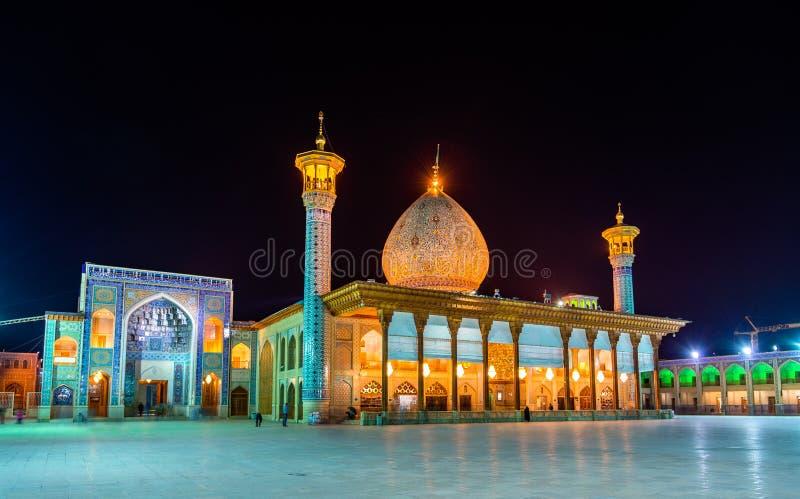 Shah Cheragh, un monument funéraire et mosquée à Chiraz - en Iran image stock