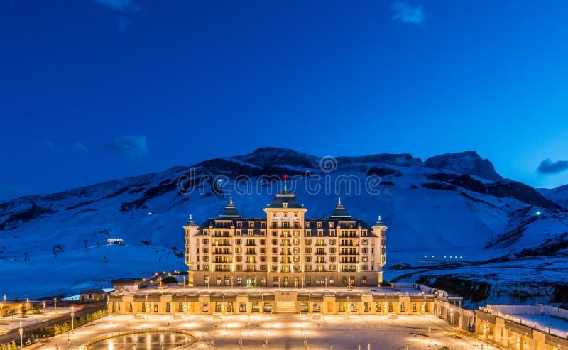 Shahdag - 2015年2月27日:旅游旅馆 免版税库存照片