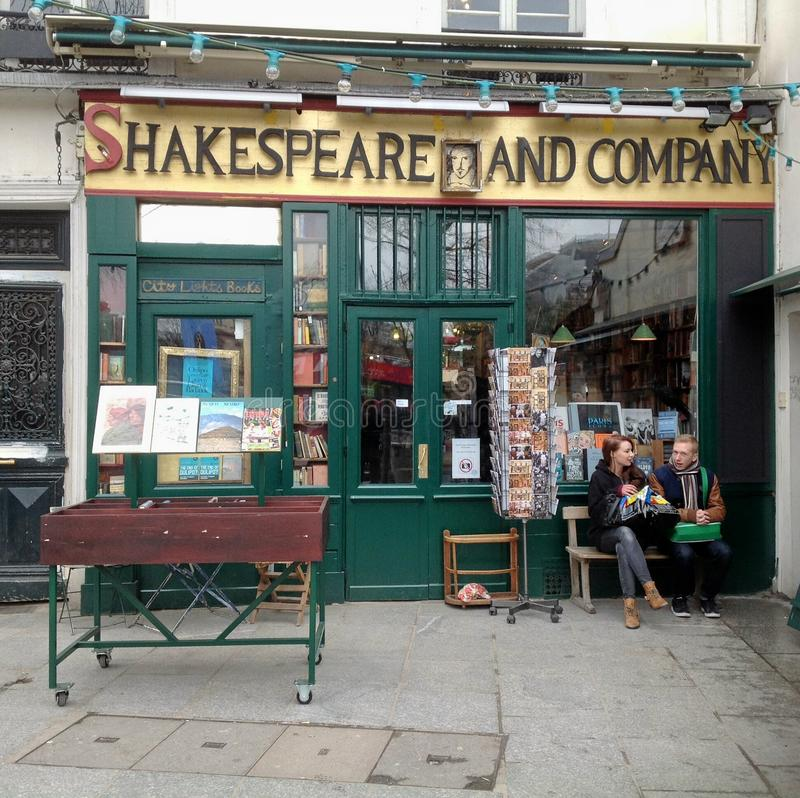Free Shakespeare And Company Book Shop Stock Photo - 30283410