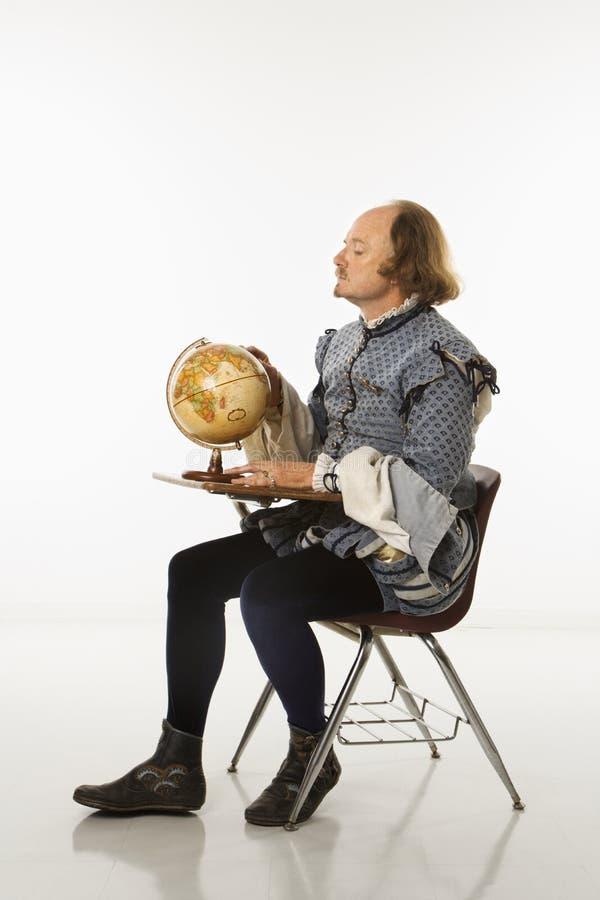 Shakespeare en escritorio de la escuela. fotos de archivo libres de regalías
