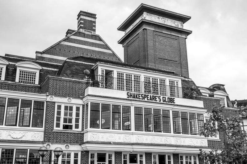 Shakespears Globe Theatre at the south bank of River Thames in London - LONDON - GREAT BRITAIN - SEPTEMBER 19, 2016. Shakespears Globe Theatre at the south bank stock photo