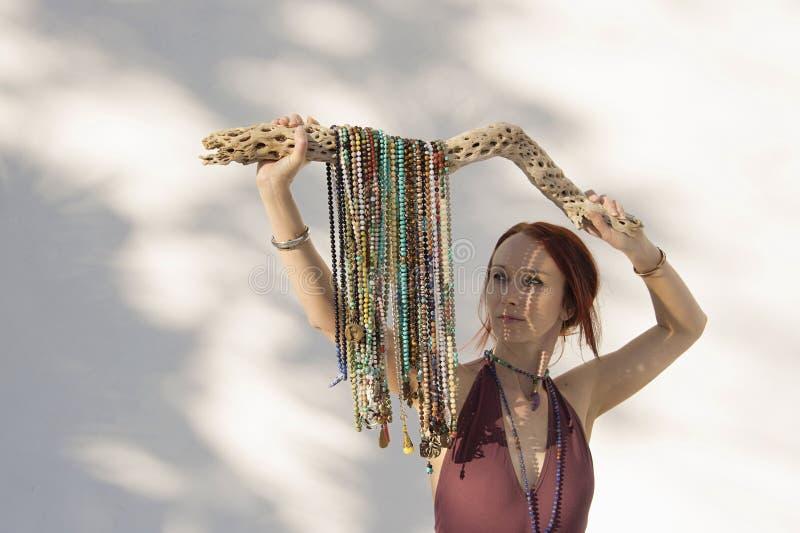 Shakti Mala Yoga Woman White Background fotos de archivo