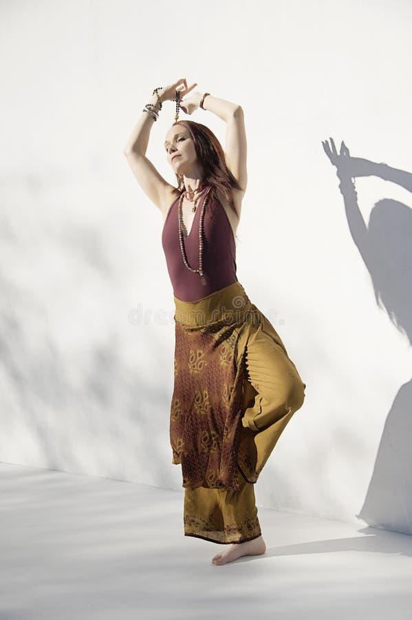 Shakti Yoga Woman White Background foto de archivo libre de regalías