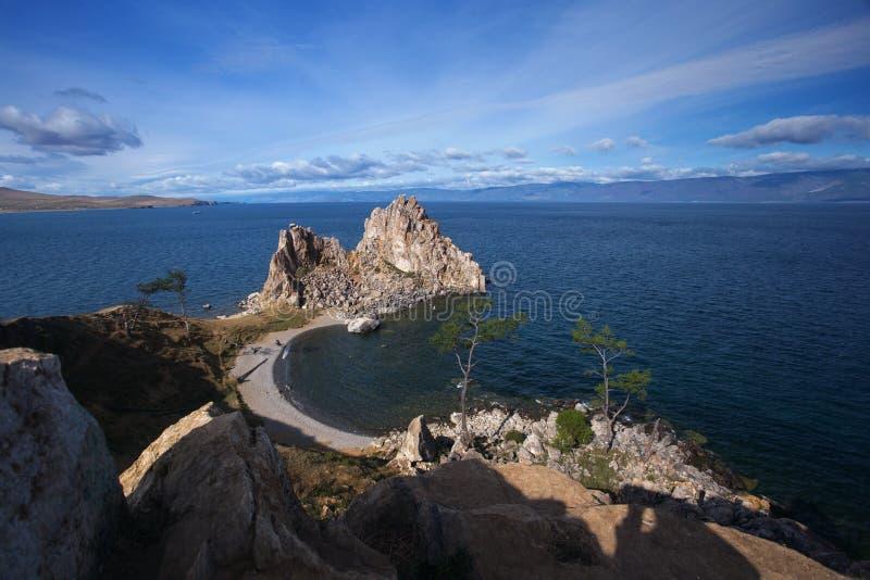 Shamanka en el lago Baikal cerca de Khuzhir en la isla de Olkhon en Siberia, Rusia fotos de archivo libres de regalías