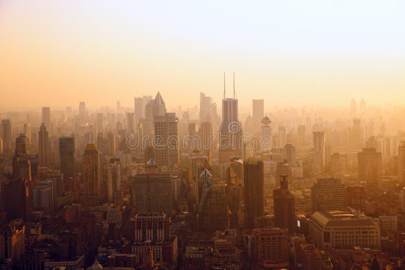 Shangai en la puesta del sol foto de archivo libre de regalías