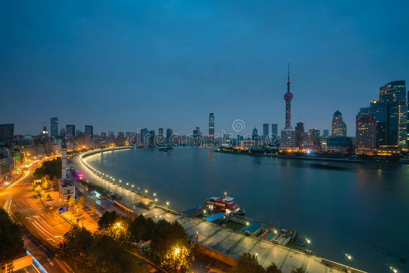 Shanghai bij zonsopgang royalty-vrije stock afbeeldingen