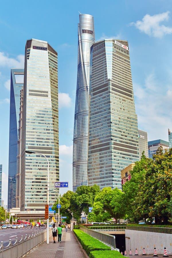 SHANGHAI, CHINA 24 MEI, 2015: Wolkenkrabbers, stad de bouw van Pu royalty-vrije stock fotografie