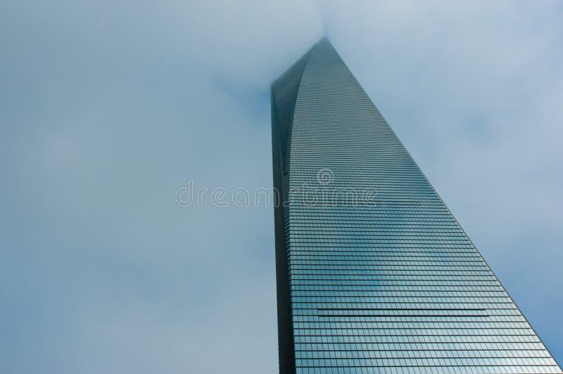 Shanghai, Cina, il 26 luglio 2014: Paesaggio dei grattacieli del centro finanziario del mondo, Shanghai fotografia stock libera da diritti