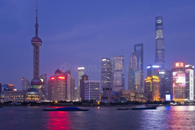 Shanghai-Nacht lizenzfreie stockfotografie
