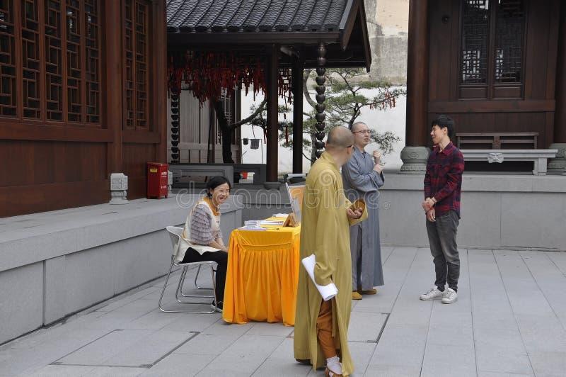 Shanghai 2nd kan: Den Jade Buddha Temple borggårdbyggnaden från Shanghai royaltyfri foto