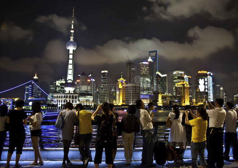 Shanghai-- Pudong Ansicht lizenzfreie stockbilder