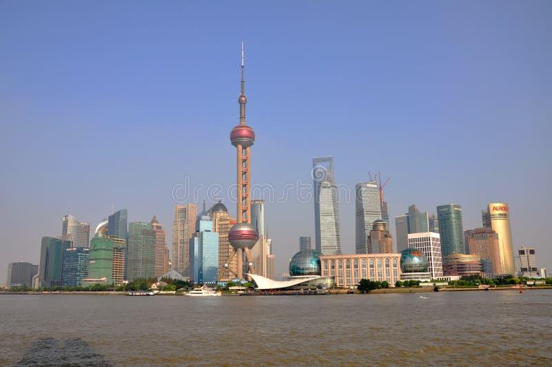 Download Shanghai Pudong, China redaktionelles stockfoto. Bild von aufbau - 26368788