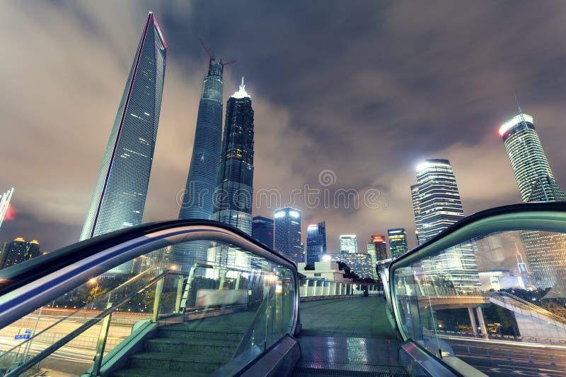 Shanghai Pudong, la nuit de la ville image libre de droits