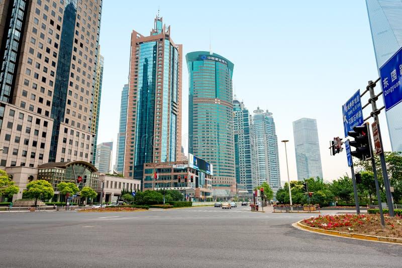 Shanghai skyskrapalandskap royaltyfri fotografi