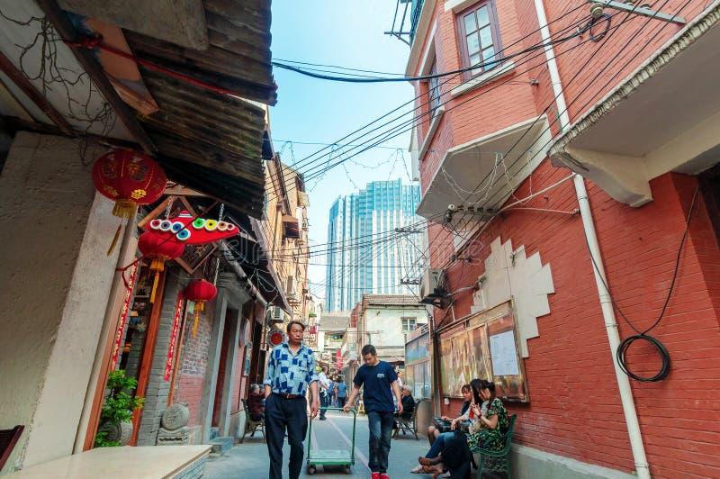 Shanghai traditionell gränd royaltyfri foto