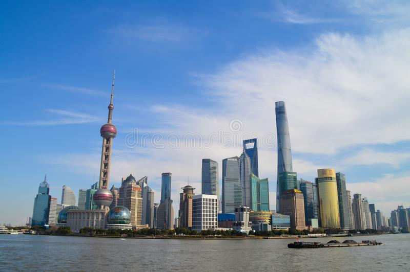 Shanghai vid bunden royaltyfria foton