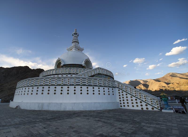 Shanti Stupa στοκ εικόνα