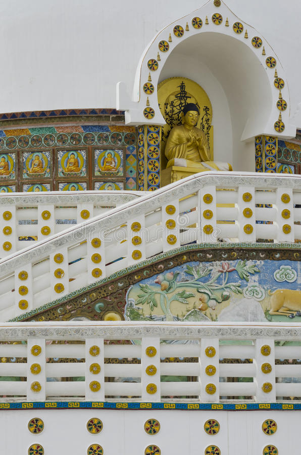 Shanti Stupa Passage stock afbeeldingen