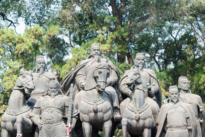 SHANXI KINA - Sept 27 2015: Statyer av Li Shimin och generaler royaltyfria foton