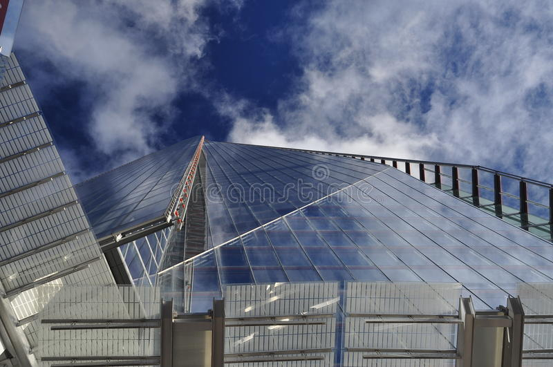 Download The Shard, London, Britain. Vertical Perspective. Royalty Free Stock Photography - Image: 35175627