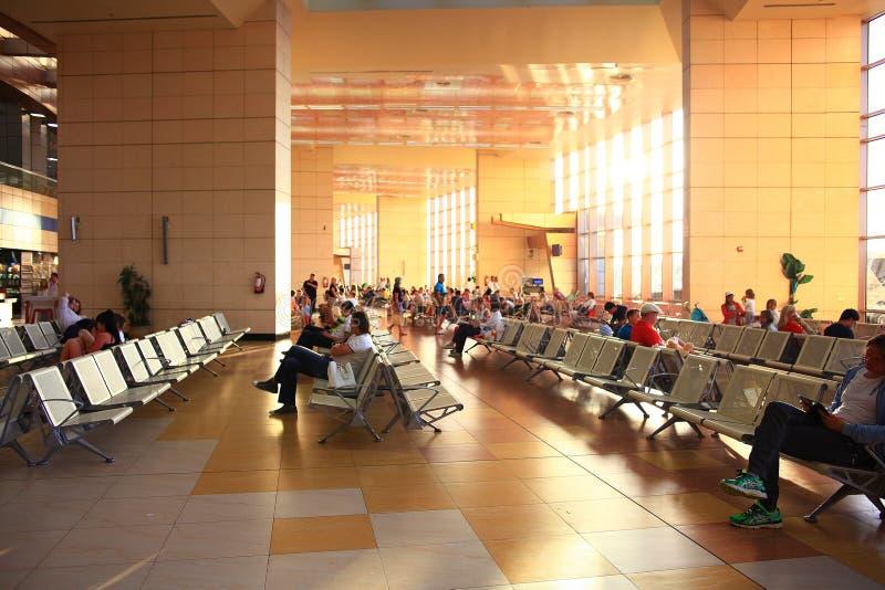 """Sharm El谢赫,埃及†""""6月12日:候诊室在2015年6月12日的机场 免版税库存照片"""