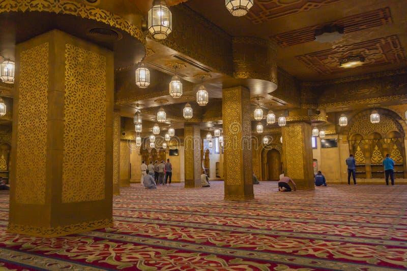 SHARM EL-SHEIKH, ÄGYPTEN - 16. OKTOBER 2018 Moslemgebete in Sah lizenzfreies stockfoto