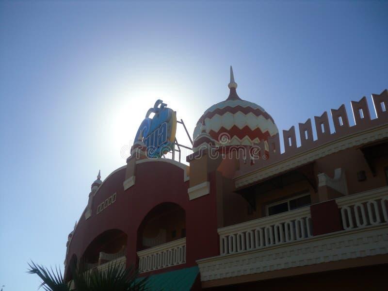 Sharm El Sheikh, Египет Взгляд AQUA ГОЛУБОГО Sharm роскошного отеля стоковое фото rf