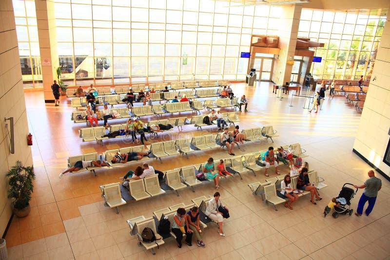 Sharm El Sheikh, EGIPT †'CZERWIEC 12: poczekalnia przy lotniskiem obraz royalty free