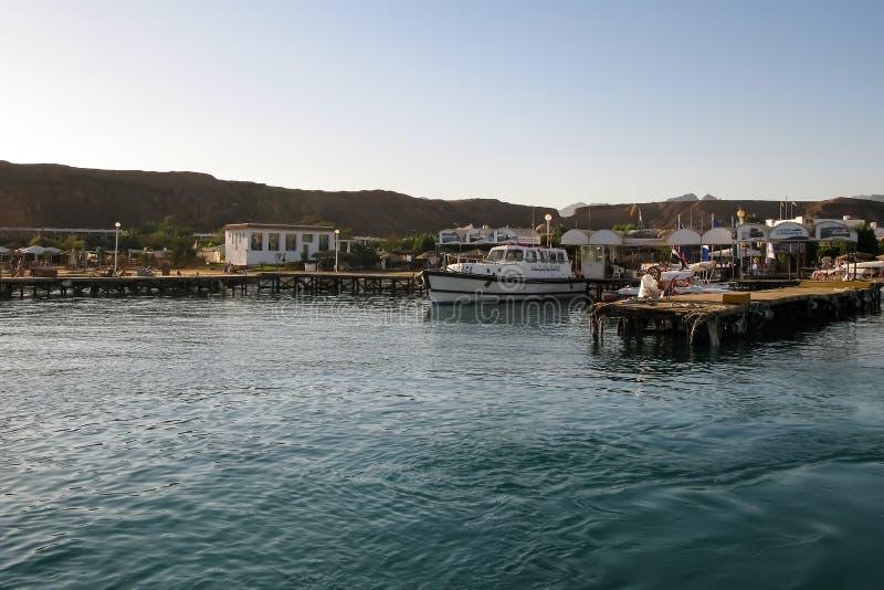 Sharm El Sheikh, Egipt, 27 2017 Listopad, Marina dla przyjemności i wycieczek łodzie, obrazy royalty free