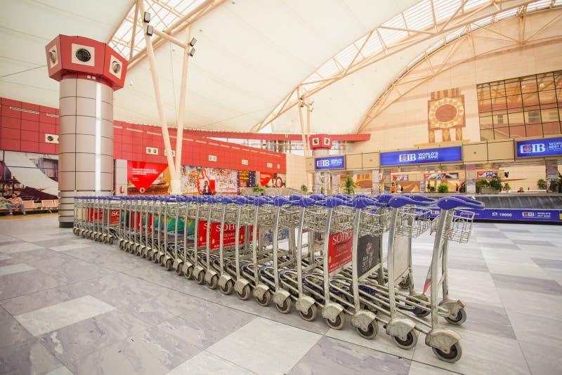 SHARM EL SHEIKH, EGITO - 14 DE MAIO DE 2018: Interior do terminal internacional foto de stock royalty free