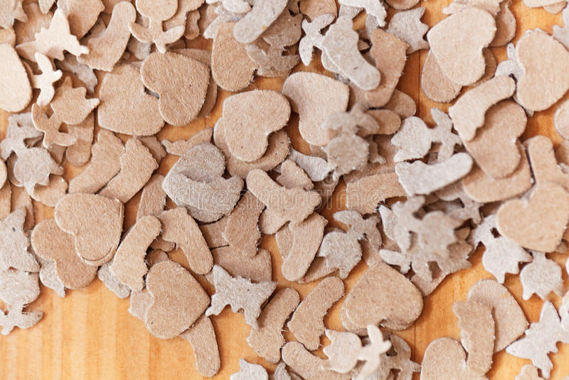 Shavings бумаги Брайна на древесине стоковая фотография rf