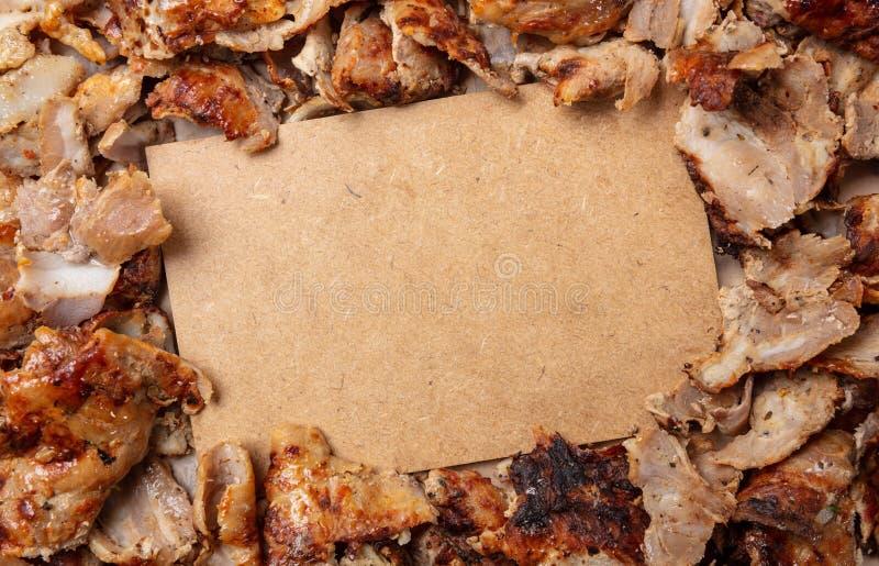 Shawarma,电罗经,传统土耳其语,希腊肉食物,背景 白纸标签,拷贝空间 图库摄影