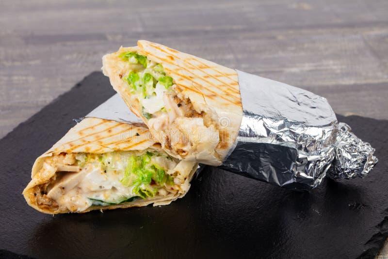 Shawarma com carne fotos de stock royalty free
