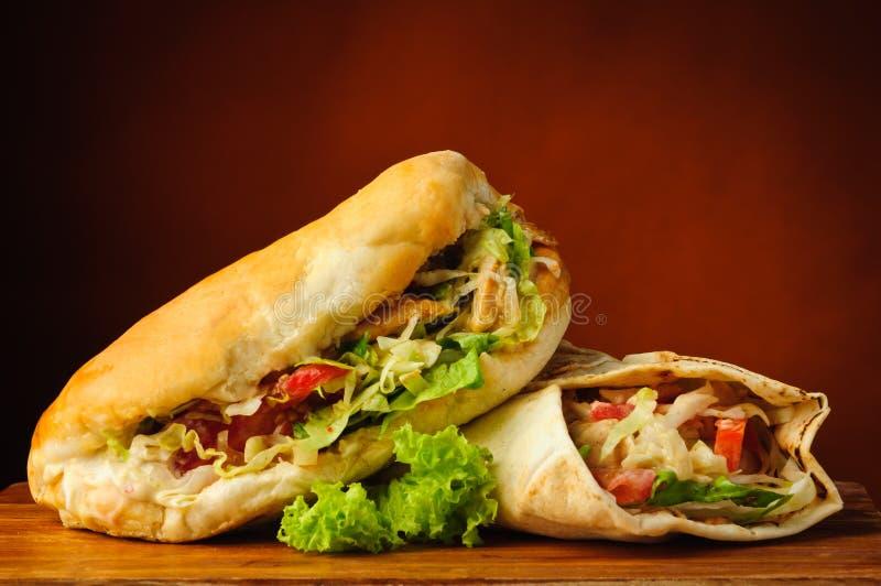 Shawarma e no espeto fotografia de stock royalty free