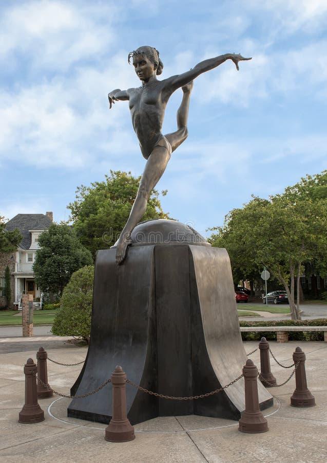 Shawn Miller bronsskulptur av Shan Gray, Edmond, Oklahoma arkivfoton