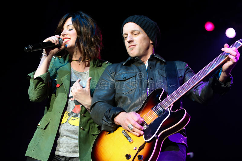 Shawna Thompson, Keifer Thompson. NEW YORK-MAY 6: Singers Shawna Thompson (L) and Keifer Thompson of Thompson Square perform onstage at the Paramount on May 6 stock photo