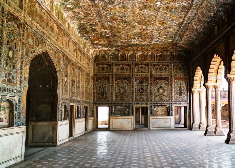 Sheesh palacio de Mahal en el fuerte de Lahore, Paquistán foto de archivo libre de regalías