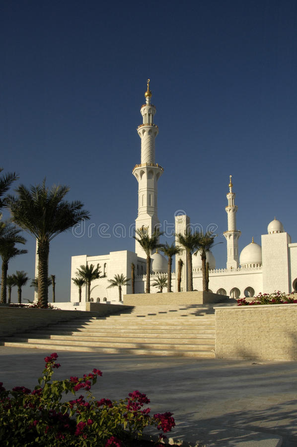 Download Sheikh Zayed Al Nayhan Mosque Fotografia Stock - Immagine di minarets, arabia: 30829106