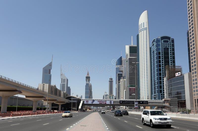 Sheikh Zayed Estrada em Dubai fotografia de stock