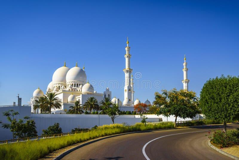 Sheikh Zayed Grand Mosque de imposition en Abu Dhabi 12 photos libres de droits
