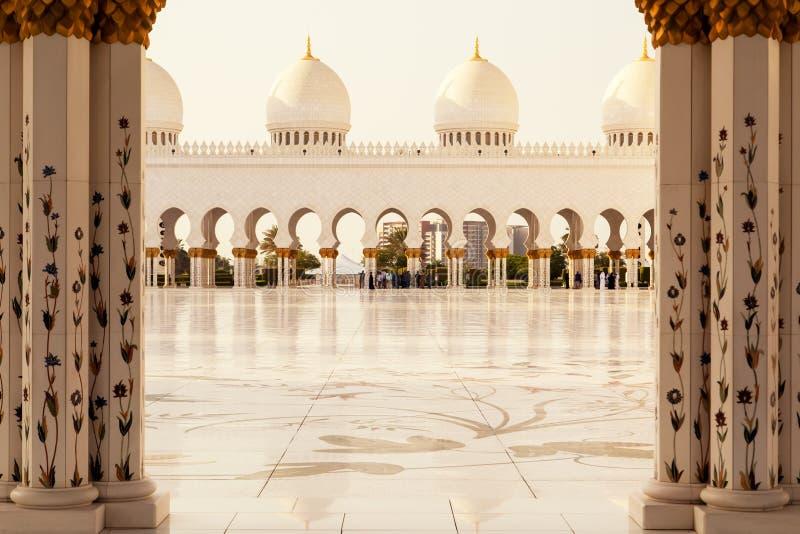 Sheikh Zayed Grand Mosque en Abu Dhabi foto de archivo libre de regalías
