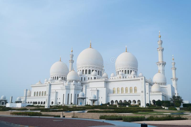 Sheikh Zayed Grand Mosque i Abu Dhabi, huvudstaden av UAE fotografering för bildbyråer