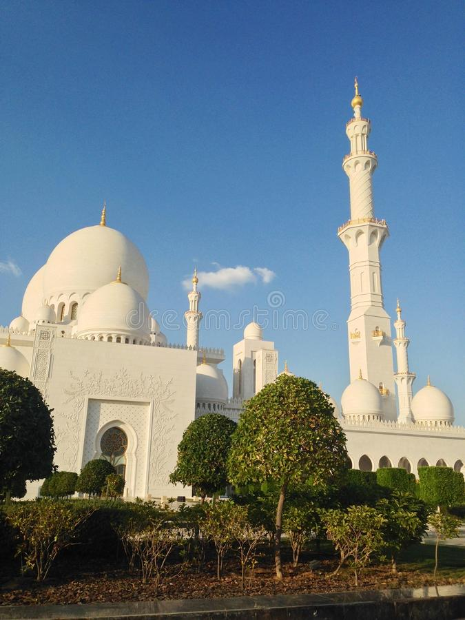 Download Sheikh Zayed Mosque In Abu Dhabi Editorial Photo - Image: 39893291