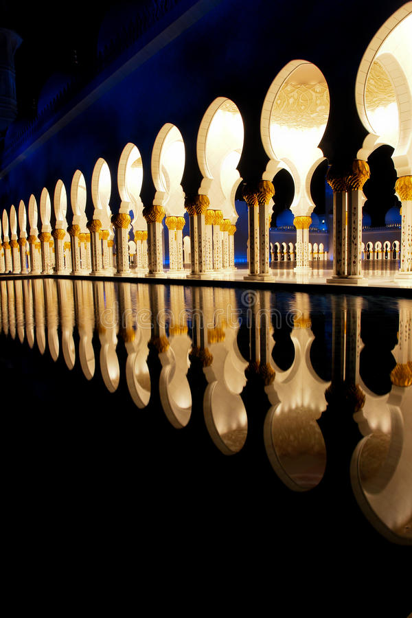 Download Sheikh Zayed Mosque In Abu Dhabi, UAE, Middle East Stock Image - Image of blue, emirate: 12703005