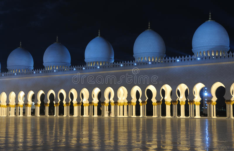 Download Sheikh Zayed Mosque At Night Stock Photo - Image: 12906614