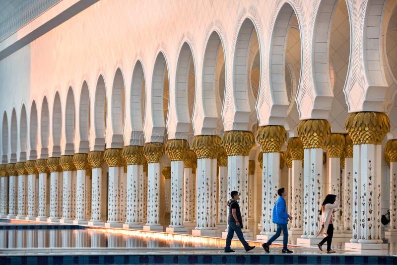 Sheikh Zayed White Mosque en Abu Dhabi images libres de droits