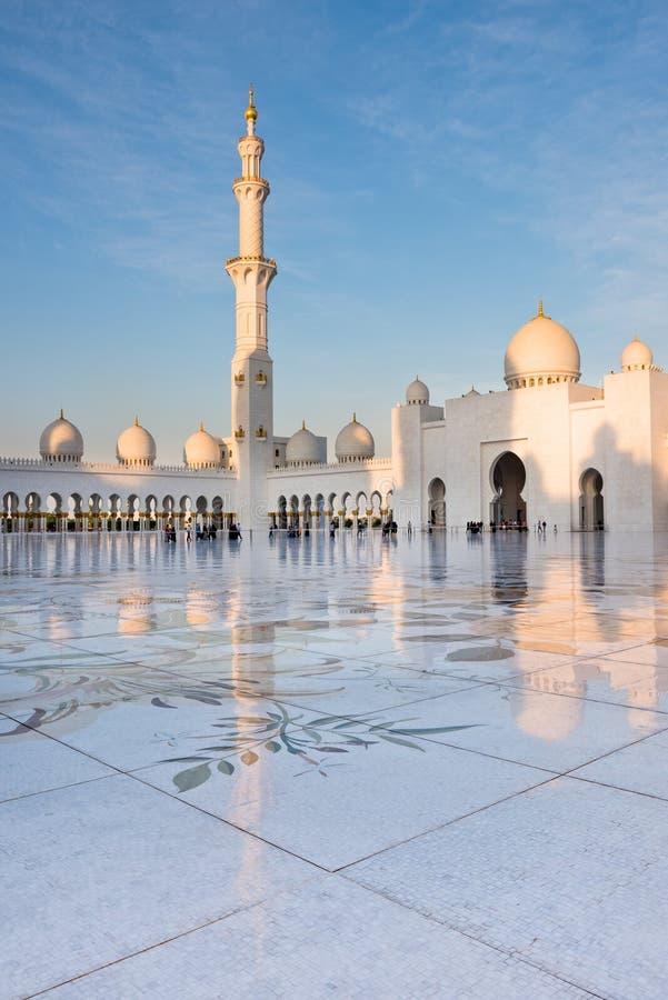Sheikh Zayed White Mosque en Abu Dhabi, EAU image libre de droits