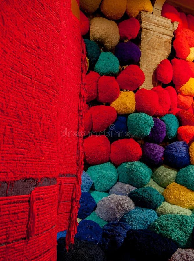 Sheila-Cateto-bala-de-fibra-y-tejidos fotografía de archivo